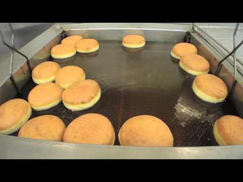 Does Nonna Randazzo's make New Orleans' best doughnut?