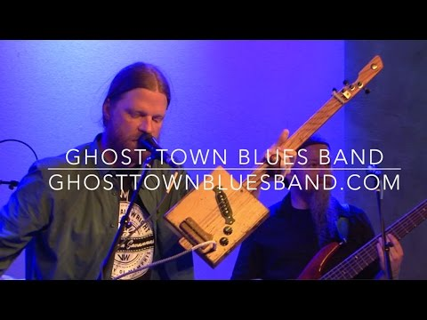 "Ghost Town Blues Band - ""Come Together"" on the cigar box guitar LIVE at Lafayette's Music Room"