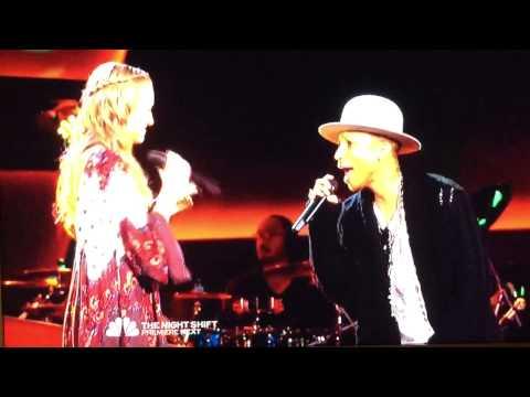 Pharrell Duet perform Happy on The Voice