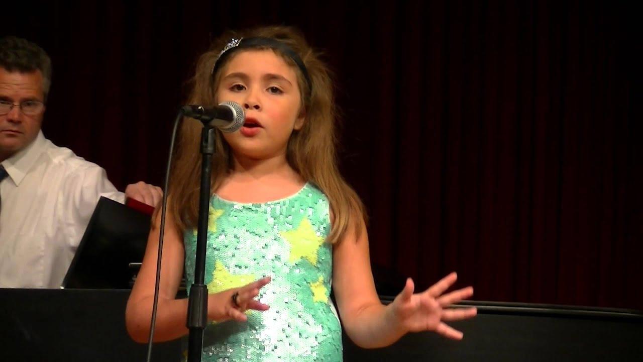 Emma singing: Little Mermaid Song (Ariel's song) - YouTube