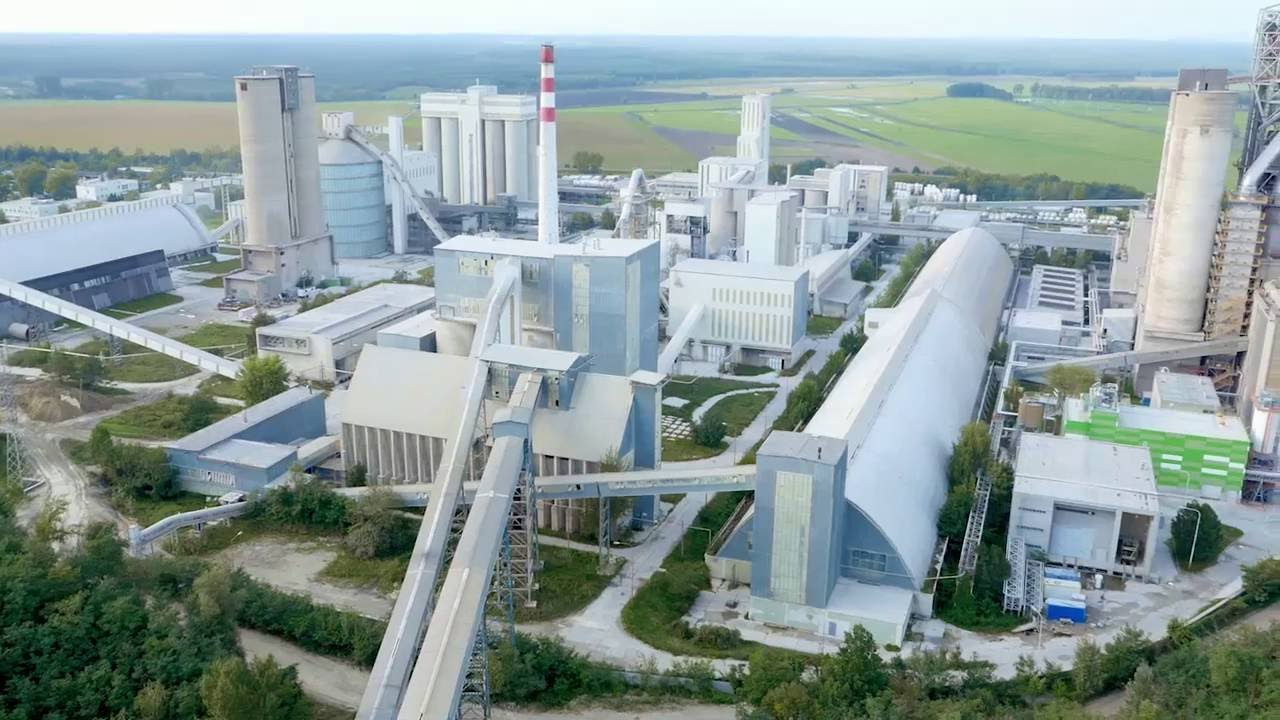 Mitsubishi Cement Plant : Turboden heat recovery system with orc technology for