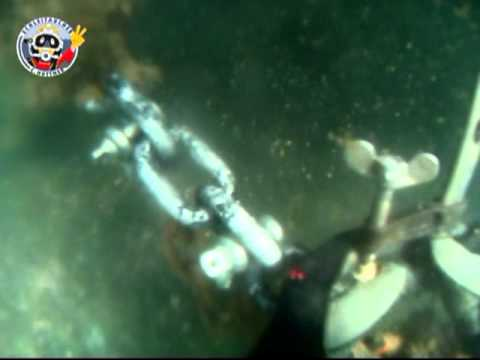 Commercial Diving: Prolonging of mooring chain
