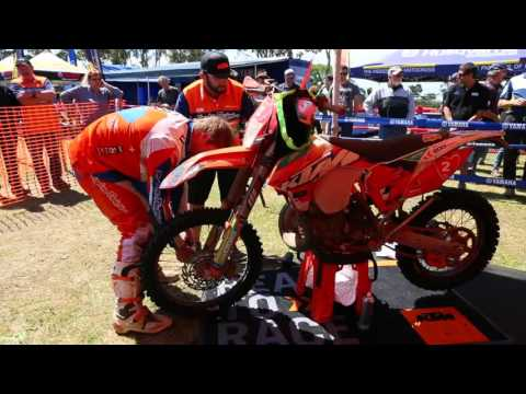 AD4E In the pits with Factory KTM