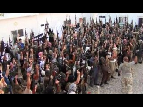 Report: Hundreds of refugees investigated for ISIS ties