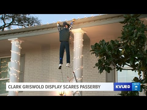 Dana McKenzie - Texas Family's Christmas Decs Include Clark Griswold Made A Guy Call 911