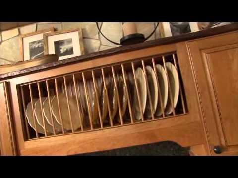wall-open-shelf-plate-rack