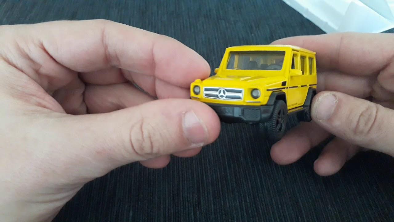 Spielzeugautos Siku Samochód Mercedes Benz G65 AMG