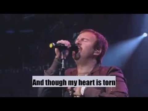 Praise you in this storm (Live) - with Lyrics