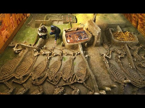 10 AMAZING Discoveries in Egypt That SCARE Scientists