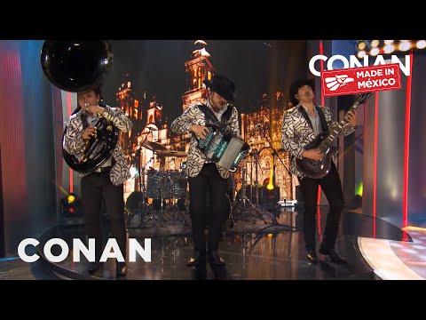 """#ConanMexico House Band Calibre 50 Performs """"Siempre Te Voy A Querer"""""""