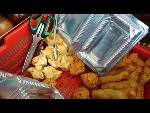 Jakarta Street Food - Uyen Lumpia Chi Cong Fan Kue Medan - Indonesia Culinary