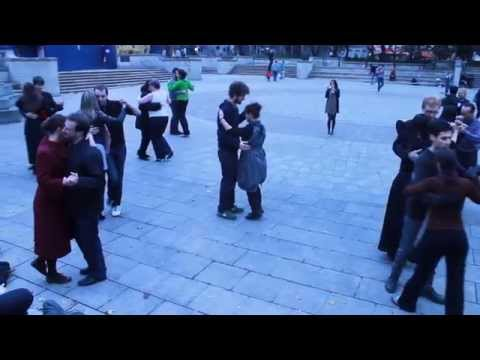 Edinburgh University Tango Society goes flash mob