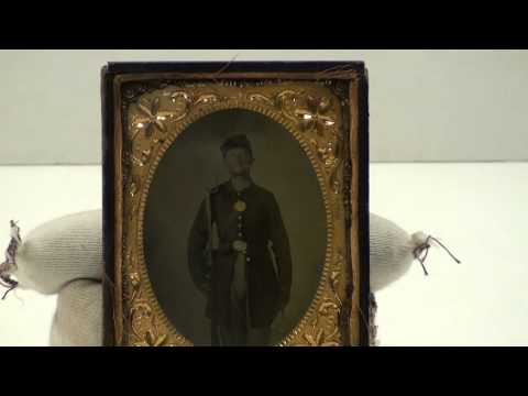 Museum Monday 4/23/12: Union Soldier Ambrotype