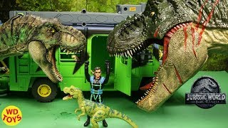 New Jurassic World Custom Battle Damage Roarin' Super Colossal Tyrannosaurus Rex Unboxing