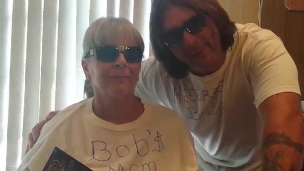 Moms Got Bobs
