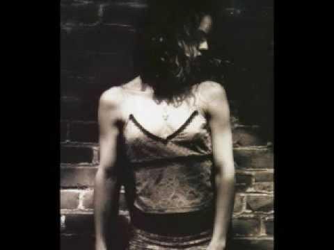 One: Vanessa Paradis&Johnny Depp