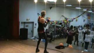 """Initiation de """"La bascule"""" par Wilbill - Carnaval au Lormontcountryline 13/2/2010"""