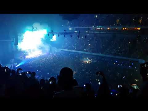 """""""ROSES""""  The Chainsmokers Live in Manila 2017 13September MOA Arena"""