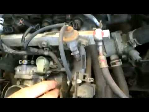 1997 Honda Civic DX 5 speed IACV (idle air control valve) clean and re-install ( D16y7 )