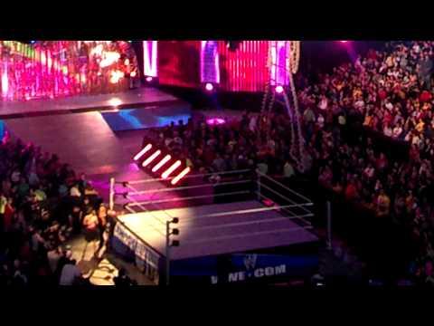 WWE fans in Boston sing Fandango's entrance music