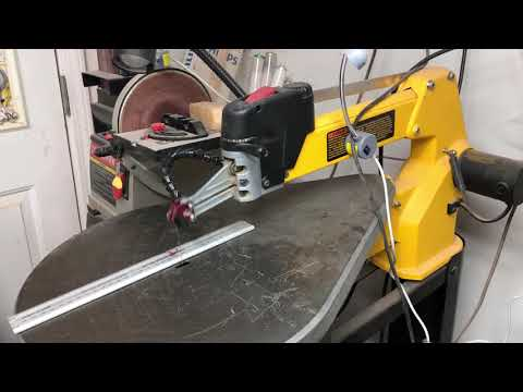 Excessive Front to back scroll saw blade movement. DeWalt DW788