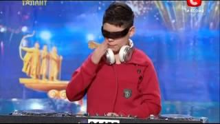 Украина мае талант 5 - Юрий Астахов (слепой DJ)