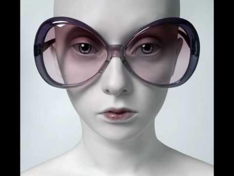 Les Portraits Surréalistes Et Sans Expressions d'Oleg Dou