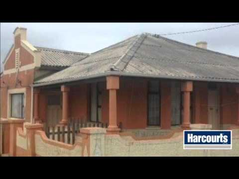 4 Bedroom House For Sale in Post Office - West Bank, Bank Street, East London 5201, South Africa...