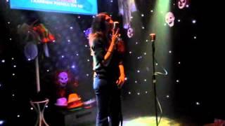 Laura Piensa en mi (Touch karaoke, Barcelona)