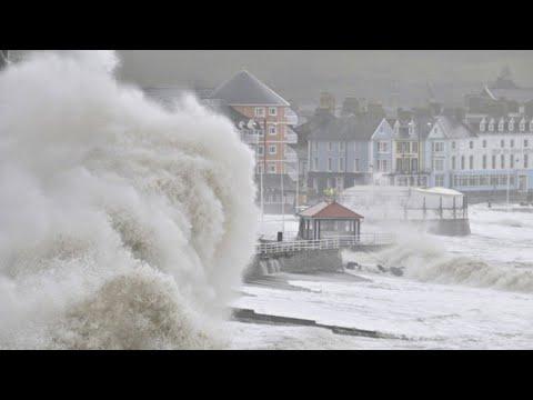 عاصفة بيلا تعصف بغرب اوروبا فرنسا وبريطانيا والمانيا !
