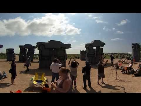 VR Spherical Video of August 21st 2017 Total Solar Eclipse from the Center of Carhenge