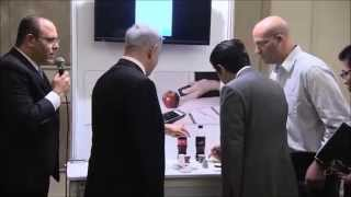Demonstrating SCiO to Shinzō Abe the Prime Minister of Japan