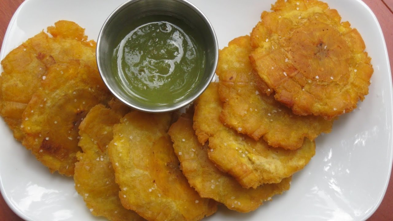 How Jamaicans Fry Green Plantains Tostones Youtube