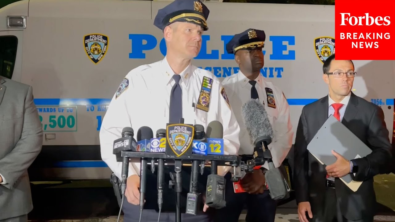 Download NYPD: Veteran Police Officer Suspected Of 'Horrific' Killing Woman She Found With Her Girlfriend