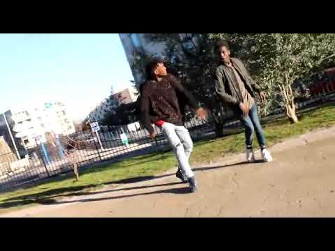 4Keus Feat Sidiki Diabaté - C'est dieu qui donne (Dance)