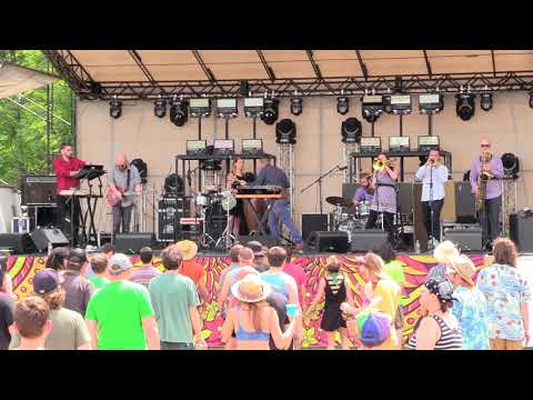Big Mean Sound Machine at Disc Jam 2018~06~09