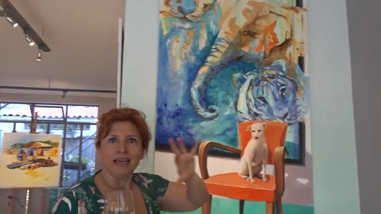 Veja Corine Thinon falando sobre a  EXPO « Dentro, fora mas juntos»