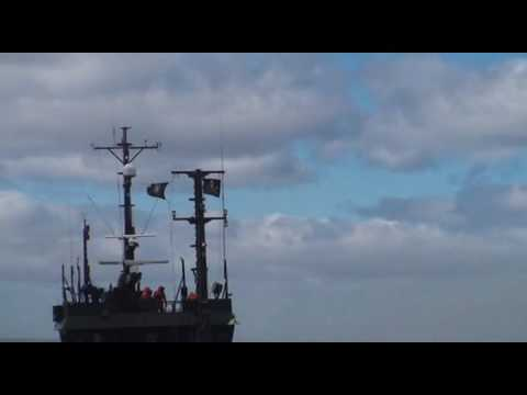 Sea Shepherd / Bob Barker activists use a slingshot to launch butyric acid-containing projectiles