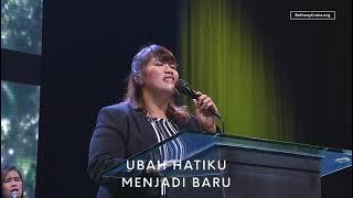 Download Ubah Hatiku (Engkau Penjunan Ku Tanah Liat) - Bethany Nginden
