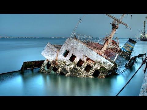 Sinking Ship At Sea - Cruise Ship Sinking Documentary 2017