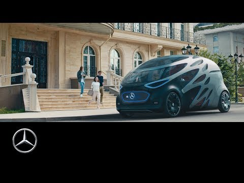 World premiere of the Mercedes-Benz Vision URBANETIC.
