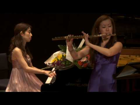 Kaori Fujii & Yuko Fujii: Over the Rainbow by H. Arlen / B. Stark