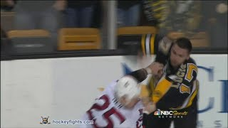 Chris Neil vs Milan Lucic Apr 28, 2013 thumbnail