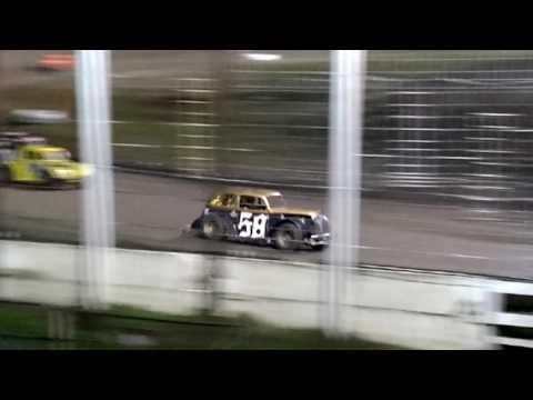 River Cities Speedway 9-1616 Legends