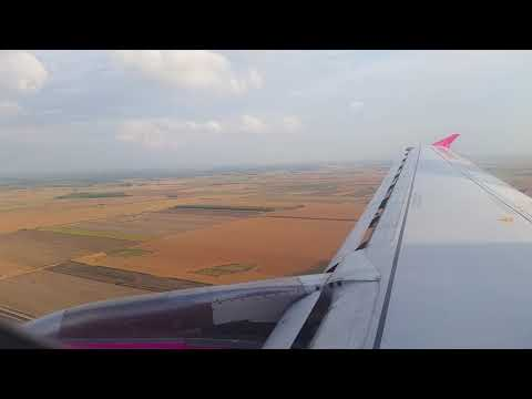 Wizz Air Airbus A320 landing in Debrecen, Hungary