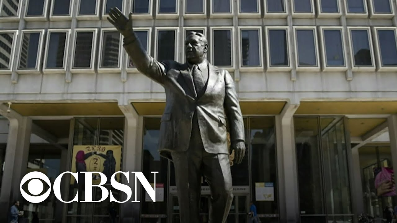 Controversial statue of former Philadelphia mayor Frank Rizzo ...
