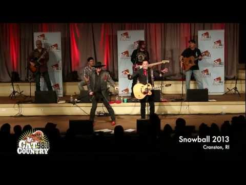 MONTGOMERY GENTRY perform