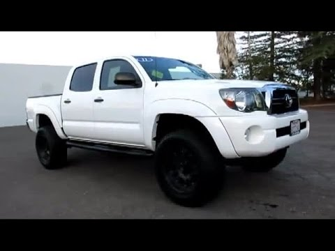 2011 toyota tacoma double cab lifted 4x4 very clean. Black Bedroom Furniture Sets. Home Design Ideas