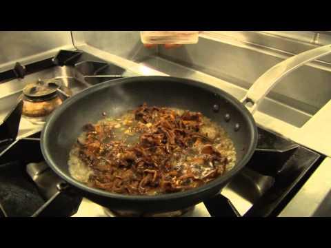 recette-professionnelle---sauce-aux-girolles