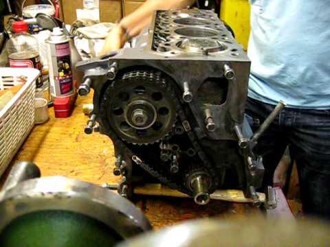 Toyota 2T engine rebuild. - YouTube